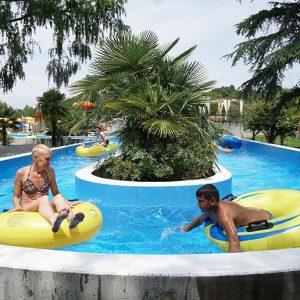 3 re acquapark piscina salvagenti