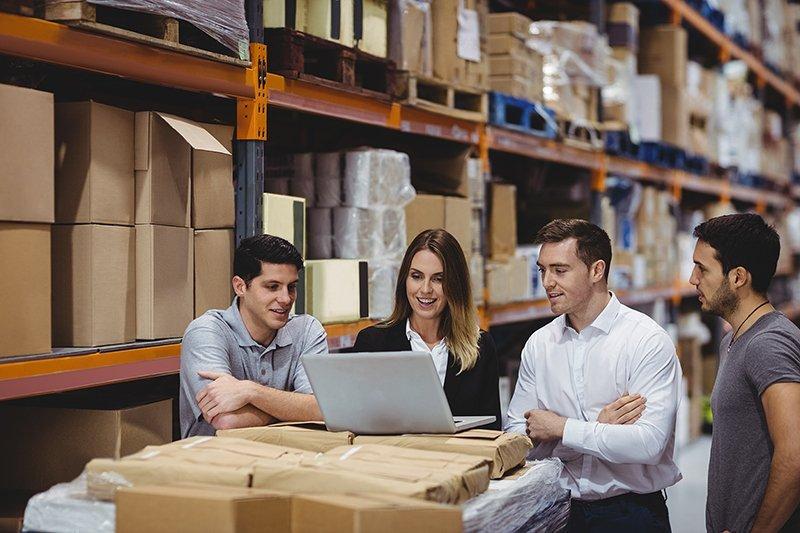 manager che definiscono strategie per e-commerce